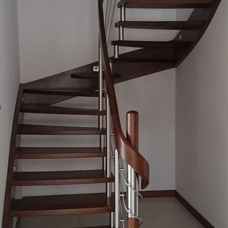 schody drewniane 101