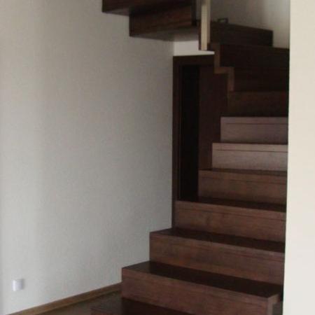 schody drewniane 105