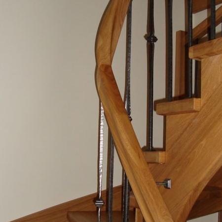 schody drewniane 120