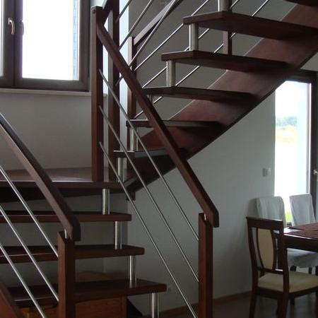 schody drewniane 122