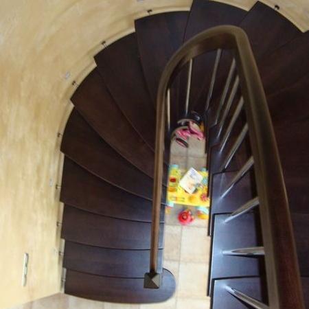 schody drewniane 130